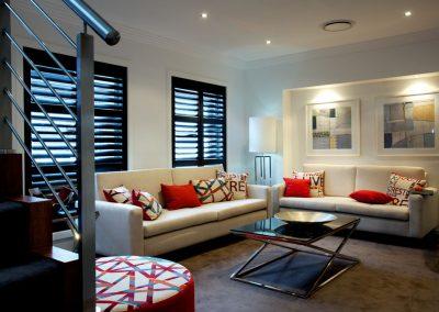 hp-hinge-stain-livingroom
